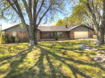 Pryor Single Family Home For Sale: 3128 E 520 Road