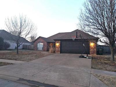 Owasso Single Family Home For Sale: 15307 E 89th Court North