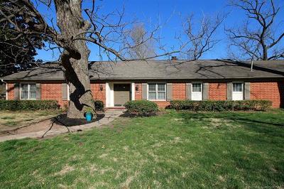 Tulsa Single Family Home For Sale: 1829 E 46th Place