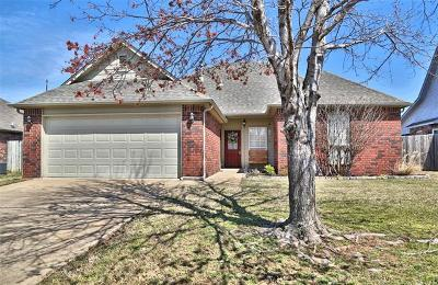 Jenks Single Family Home For Sale: 1215 W 118th Street S
