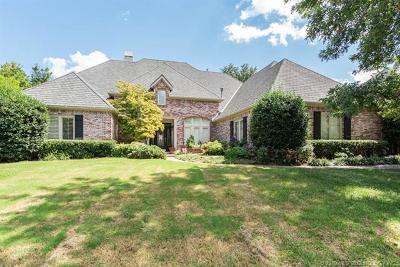 Tulsa Single Family Home For Sale: 11215 S Vandalia Avenue