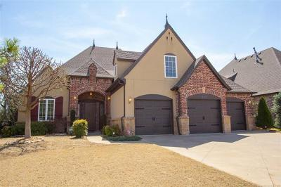 Tulsa Single Family Home For Sale: 662 W 78th Street