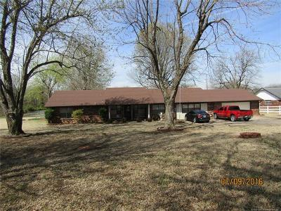 Muskogee Single Family Home For Sale: 4431 S Country Club Road E