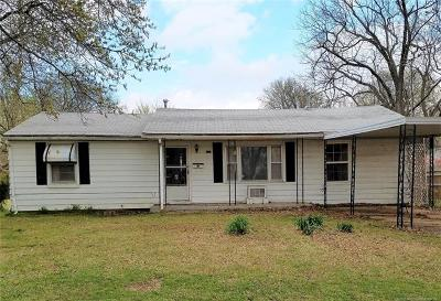 Claremore Single Family Home For Sale: 424 E 9th Street