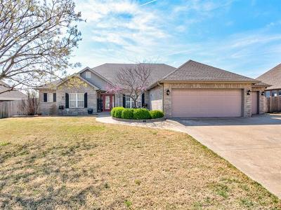 Bartlesville Single Family Home For Sale: 5829 Woodland Road