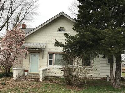 Nowata Single Family Home For Sale: 173 Nowata Rt 2 Road