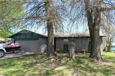 Muskogee Single Family Home For Sale: 1304 S 37th Street