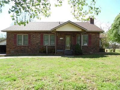 Drumright Single Family Home For Sale: 500 S Bartlesville Avenue