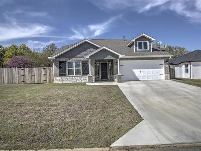 Creek County Single Family Home For Sale: 797 Canton Place