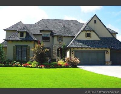 Tulsa Single Family Home For Sale: 4828 E 111th Street