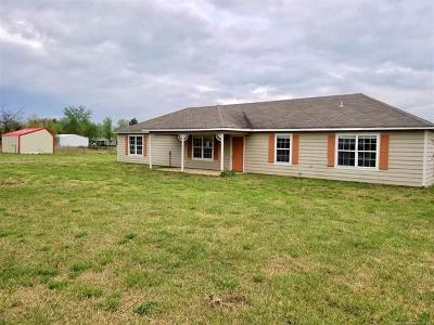 Claremore Single Family Home For Sale: 14382 S Grandview Road