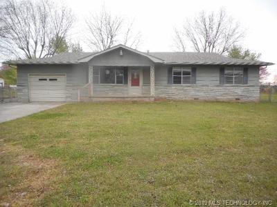 Muskogee Single Family Home For Sale: 4010 Jefferson Street