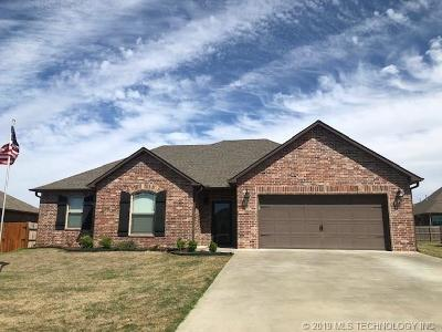 Muskogee Single Family Home For Sale: 3804 Crestview Drive