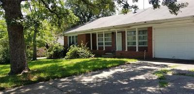 Okmulgee Single Family Home For Sale: 1808 E 20th Street