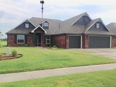 Collinsville Single Family Home For Sale: 13095 E 138th Street North