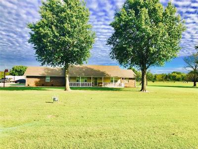 Muskogee Single Family Home For Sale: 1350 W Smith Ferry Road