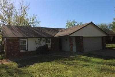 Broken Arrow Single Family Home For Sale: 1308 S 30th Street