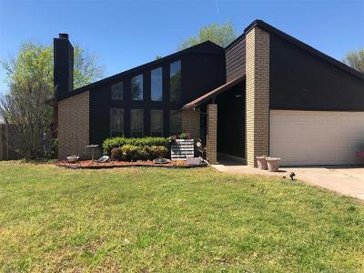 Owasso Single Family Home For Sale: 8102 N 122nd East Avenue