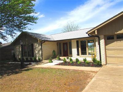 Wagoner Single Family Home For Sale: 604 NW 10th Street