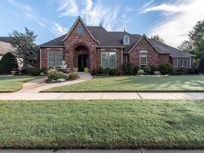 Broken Arrow Single Family Home For Sale: 8112 E Freeport Street