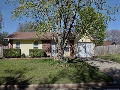 Glenpool Single Family Home For Sale: 14483 S Kendalwood Boulevard