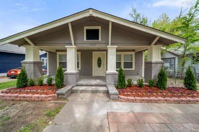 Tulsa Single Family Home For Sale: 1715 W Easton Place