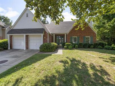 Tulsa Single Family Home For Sale: 2804 E 44th Court