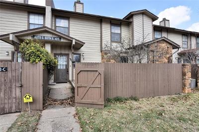 Tulsa County Condo/Townhouse For Sale: 6372 S 80th East Avenue #43D