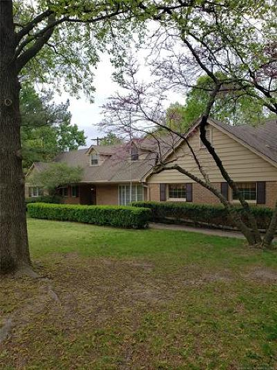 Tulsa County Single Family Home For Sale: 3336 E 46th Street