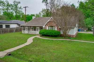 Tulsa County Single Family Home For Sale: 5527 S Wheeling Avenue