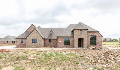 Owasso Single Family Home For Sale: 6611 N Granite Lane