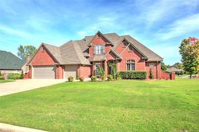 Muskogee Single Family Home For Sale: 3100 Chelsea Lane