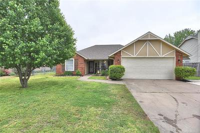 Owasso Single Family Home For Sale: 8232 N 128th East Avenue