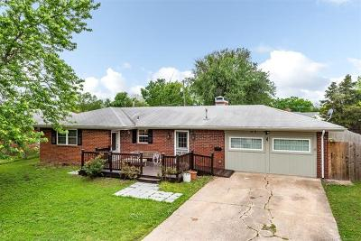 Bartlesville Single Family Home For Sale: 115 S Fenway Place