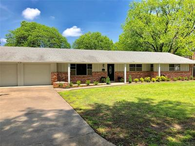 Bartlesville Single Family Home For Sale: 4412 SE Bridle Road