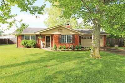 Bartlesville Single Family Home For Sale: 5617 Baylor Place