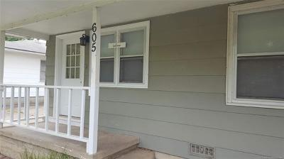 Bartlesville Single Family Home For Sale: 605 SE Greystone Avenue