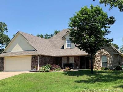 Sand Springs Single Family Home For Sale: 2763 Skyline Falls Drive