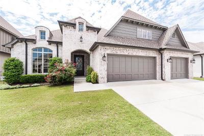 Tulsa Single Family Home For Sale: 2910 E 104th Street