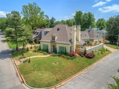 Tulsa Single Family Home For Sale: 2206 E 24th Street
