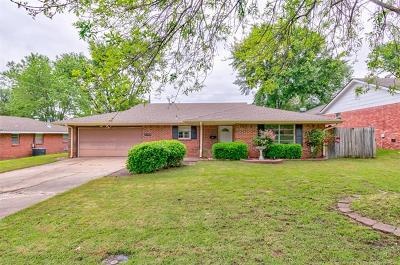 Bartlesville Single Family Home For Sale: 3300 Wayside Drive