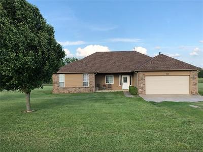 Talala Single Family Home For Sale: 7975 S Country Lane