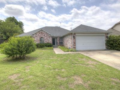 Owasso Single Family Home For Sale: 12720 E 77th Circle North