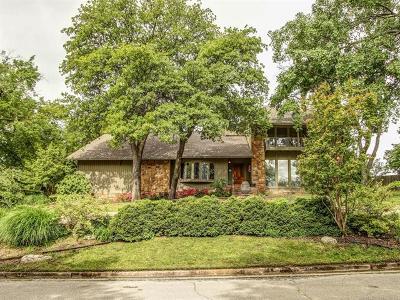 Tulsa Single Family Home For Sale: 6446 S Louisville Avenue
