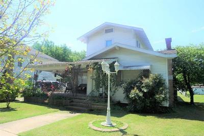 Henryetta Single Family Home For Sale: 503 W Moore Street