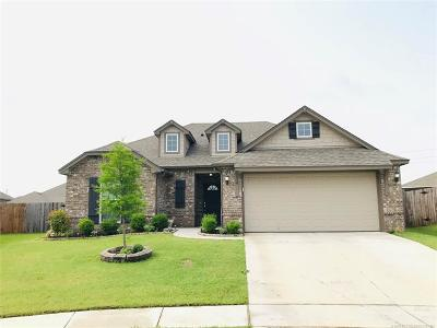 Jenks Single Family Home For Sale: 3934 W 103rd Court S