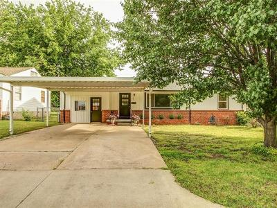 Sapulpa Single Family Home For Sale: 103 W Gordon Avenue