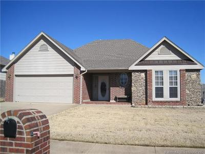 Jenks Single Family Home For Sale: 603 W 118th Street