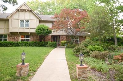 Tulsa Single Family Home For Sale: 6519 E 106th Street
