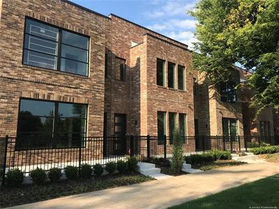 Tulsa Condo/Townhouse For Sale: 1141 E 7th Street #1141